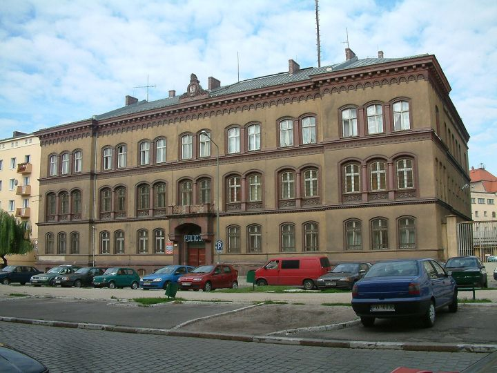 quadriga.pl-komisariat-stare-miasto-rusztowania.jpg