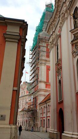 quadriga.pl-kosciol-rusztowanie-wieza-remont-poznan-elewacja