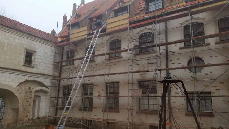 quadriga-pl-rusztowanie-zamek-montaz-budowa-poznan.jpg